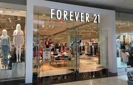 Forever 21 tái cấu trúc khi ngành bán lẻ tiếp tục gặp khó khăn