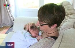 Bệnh viện cho các cặp vợ chồng cao tuổi hiếm muộn tại Tây Ban Nha