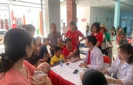 Sáng nay: Gần 1.000 trẻ được khám tim miễn phí tại Nghệ An