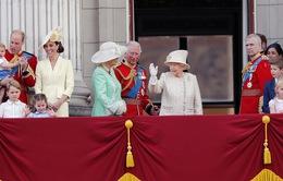 Nước Anh rộn ràng mừng sinh nhật thứ 93 của Nữ hoàng