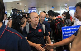 ĐT Việt Nam về nước, các tuyển thủ tất bật trở lại với vòng quay V.League