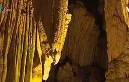 Hang Lùng Khúy – Kiệt tác hang động tại Hà Giang
