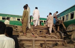 TNGT đường sắt nghiêm trọng tại Pakistan, gần 80 người thương vong