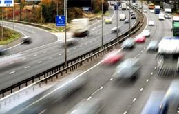 Biển báo giao thông đường bộ 9 thứ tiếng tại Anh