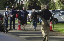 Người dân New Zealand nộp vũ khí cho chính quyền