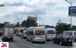 Cao tốc Long Thành - Dầu Giây thường xuyên kẹt xe ngày cuối tuần