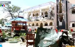 Tấn công đẫm máu vào khách sạn ở Somalia