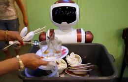 Robot - Nhân viên hỗ trợ dọn vệ sinh đắc lực tại Singapore