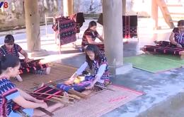Dệt zèng: Nét văn hóa độc đáo của người Tà Ôi