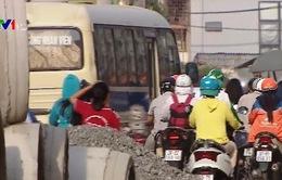 Ùn tắc kèo dài trên đường Trường Chinh, Hà Nội