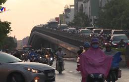 Người dân sống chung với tắc đường