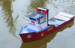 Tái tạo năng lượng từ mô hình tàu thủy năng lượng mặt trời
