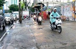 Thái Lan xử phạt nặng người đi xe máy chiếm đường của người đi bộ
