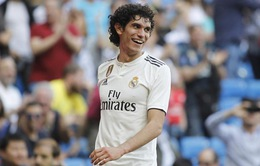 """CLB tầm trung Premier League mượn thành công """"hàng hớ"""" của Real Madrid"""