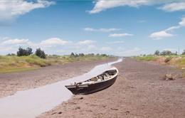 """Sông Mekong """"trơ đáy"""", ĐBSCL gồng mình chống hạn mặn"""