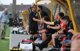 Công Phượng ngồi chơi xơi nước trận thứ 6 liên tiếp ở Sint-Truidense