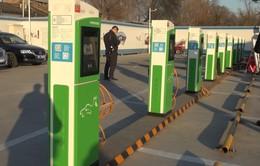 Trung Quốc đã xây dựng được hơn 1 triệu cột sạc điện cho ô tô