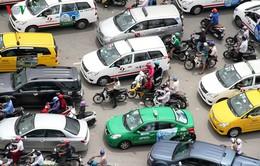 Thu phí ô tô vào trung tâm: Cần một bài toán triệt để