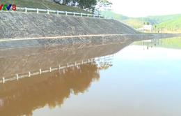 Nguồn nước tại công trình thủy lợi Ngàn Trươi ô nhiễm bất thường