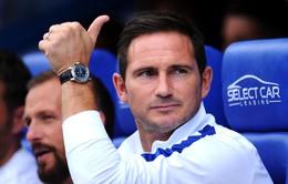 Được hát bài ca ngợi, HLV Lampard kịch liệt phản đối fan Chelsea