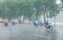 Chiều nay bão số 2 tiến vào Vịnh Bắc Bộ, Hà Nội có mưa vừa, mưa to