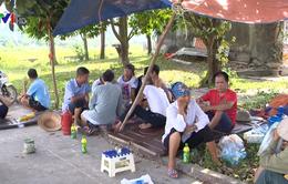 Chặn xe vào bãi rác Nam Sơn: Đối thoại giữa chính quyền và người dân bất thành