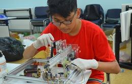 Trại hè khoa học đầy hứng thú cho trẻ em Hà Nội