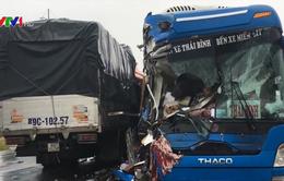 Tai nạn liên hoàn tại Quảng Bình, nhiều người bị thương