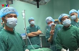 Kỹ thuật mổ nội soi tuyến giáp của PGS.TS. Trần Ngọc Lương được trao kỷ lục Việt Nam