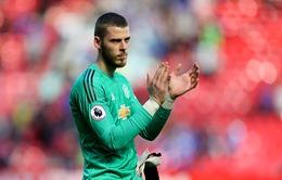 Ở lại Man Utd, De Gea xác lập kỷ lục thế giới