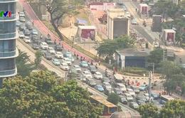 Indonesia: Báo động ô nhiễm không khí, Jakarta sẽ làm mưa nhân tạo