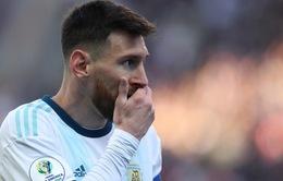 Nhận thẻ đỏ, Messi chỉ trích thậm tệ LĐBĐ Nam Mỹ