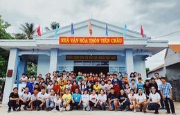 Trẻ em làng biển Tiên Châu vui sướng với lớp học kỹ năng của đoàn đại biểu SSEAYP Việt Nam