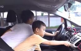 Dạy con kỹ năng thoát hiểm trong xe ô tô
