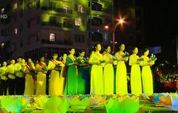 Hàng chục nghìn người tham dự Đại lễ Vu Lan báo hiếu Cát Bà
