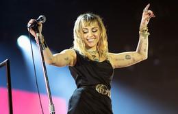 Vừa công bố chia tay, Miley Cyrus lao vào làm nhạc