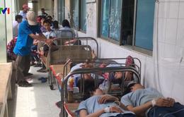 Bình Dương: Thêm hàng chục công nhân nhập viện do hít phải mùi thuốc diệt mọt