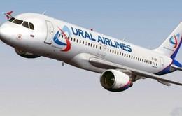 Nga: Máy bay chở khách hạ cánh khẩn cấp