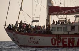 6 quốc gia EU đồng ý tiếp nhận người di cư trên tàu Open Arms