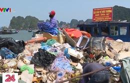 Ám ảnh rác thải nhựa tại vịnh Hạ Long