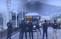 Tay súng bắt cóc xe bus ở Brazil bị cảnh sát tiêu diệt