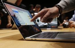 Cách kiểm tra MacBook Pro 15 inch thuộc diện không được mang lên máy bay