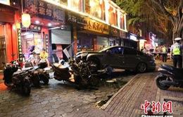 Trung Quốc: Uống rượu lái xe gây tai nạn khiến 5 người thương vong
