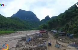 Cuộc sống vất vả, nhọc nhằn sau lũ dữ tại Quan Sơn, Thanh Hóa
