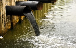 Ô nhiễm nước làm giảm 1/3 tốc độ tăng trưởng kinh tế