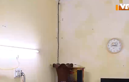 Thanh Hóa: Thi công công trình làm nứt nẻ, sập trần nhà dân