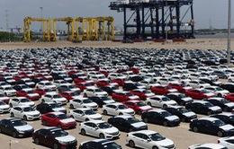 Ô tô nhập khẩu có thể rẻ hơn do sắp được 'cởi trói' nhiều quy định?