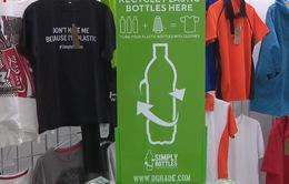 Thời trang từ… rác thải nhựa
