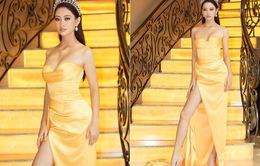 Hoa hậu Lương Thùy Linh lần đầu diện đầm xẻ bạo, khoe vòng 1 sexy