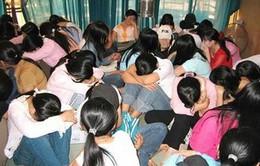 Lào bàn giao các nạn nhân của nạn buôn bán người cho Việt Nam